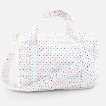 Käytännöllinen laukku kaikkeen jota tarvitset hoitopöydälle, kun olet matkalla. Koko 35x27 cm.